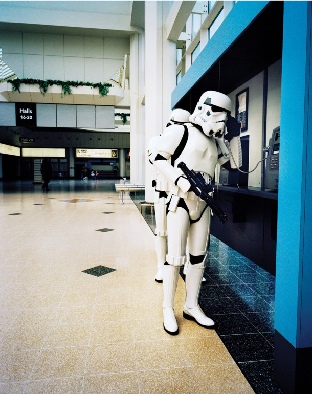 stormtrooper-on-phone
